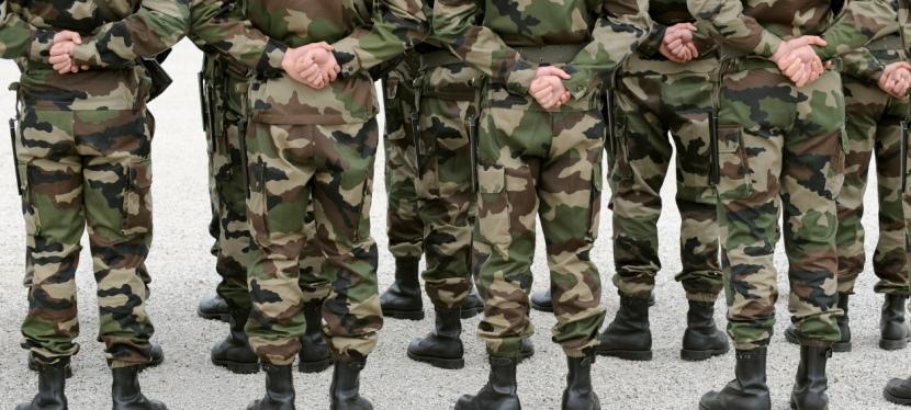 Métier militaire et enrôlement citoyen : les enjeux de laloi