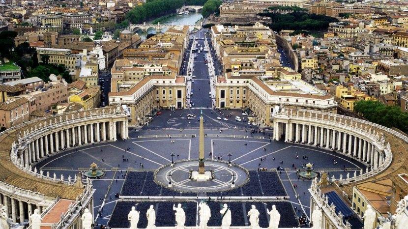 Le Saint-Siège et le Vatican dans la vieinternationale